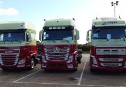 18 nieuwe vrachtwagens voor Moeijes