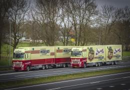 Jubileumtruck 'Moeijes 100 Jaar' officieel afgeleverd.